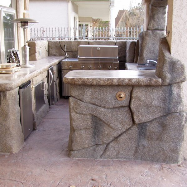 harris-landscape-construction-reno-outdoor-kitchen