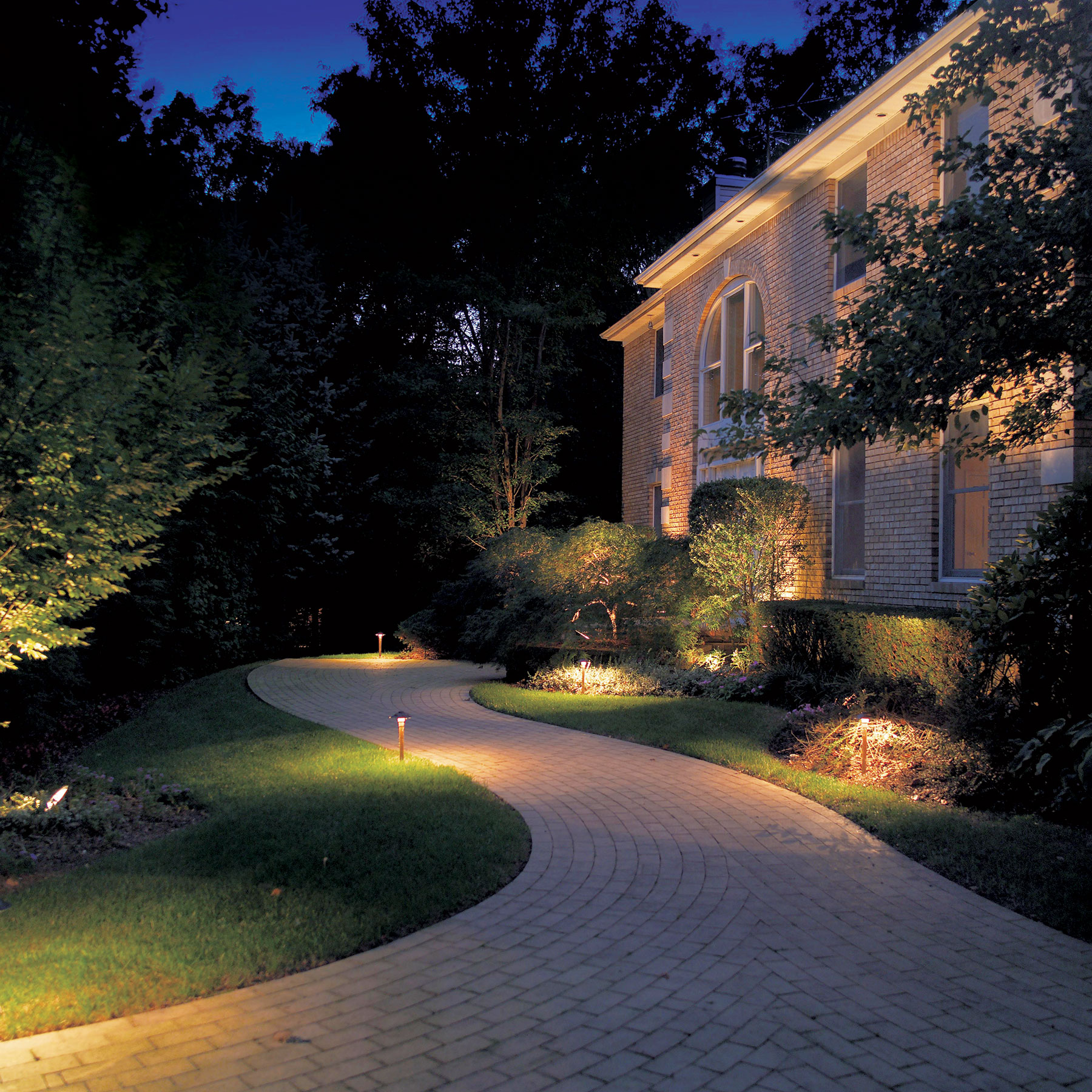 Driveway Lights Guide Outdoor Lighting Ideas Tips: Tips From Harris Landscape