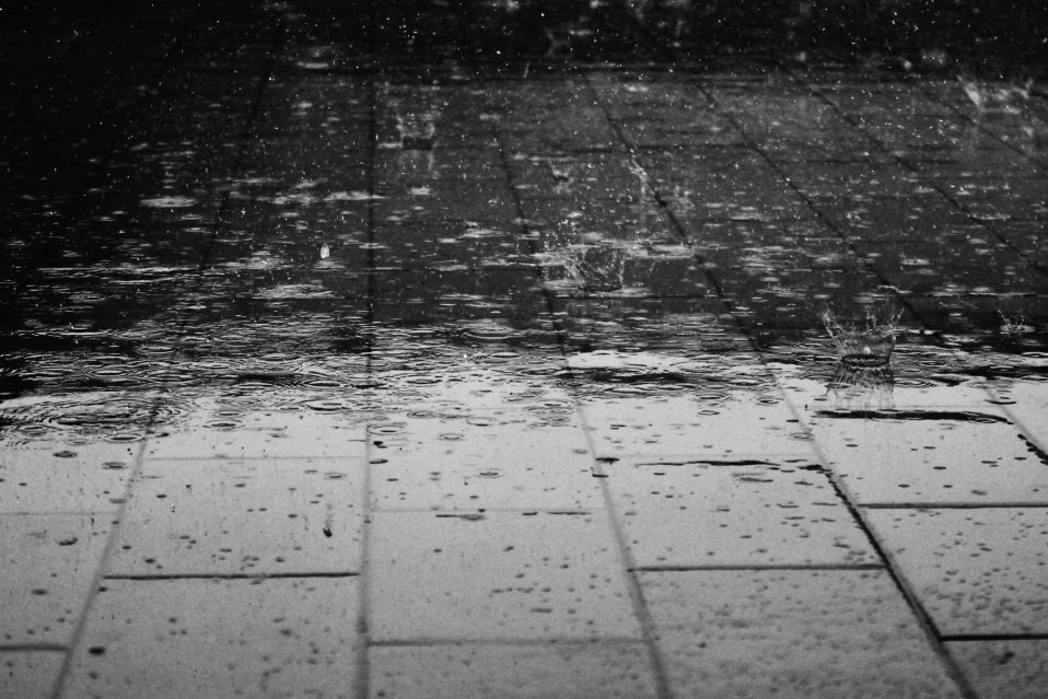 harris-landscape-construction-reno-rain-proper-drainage