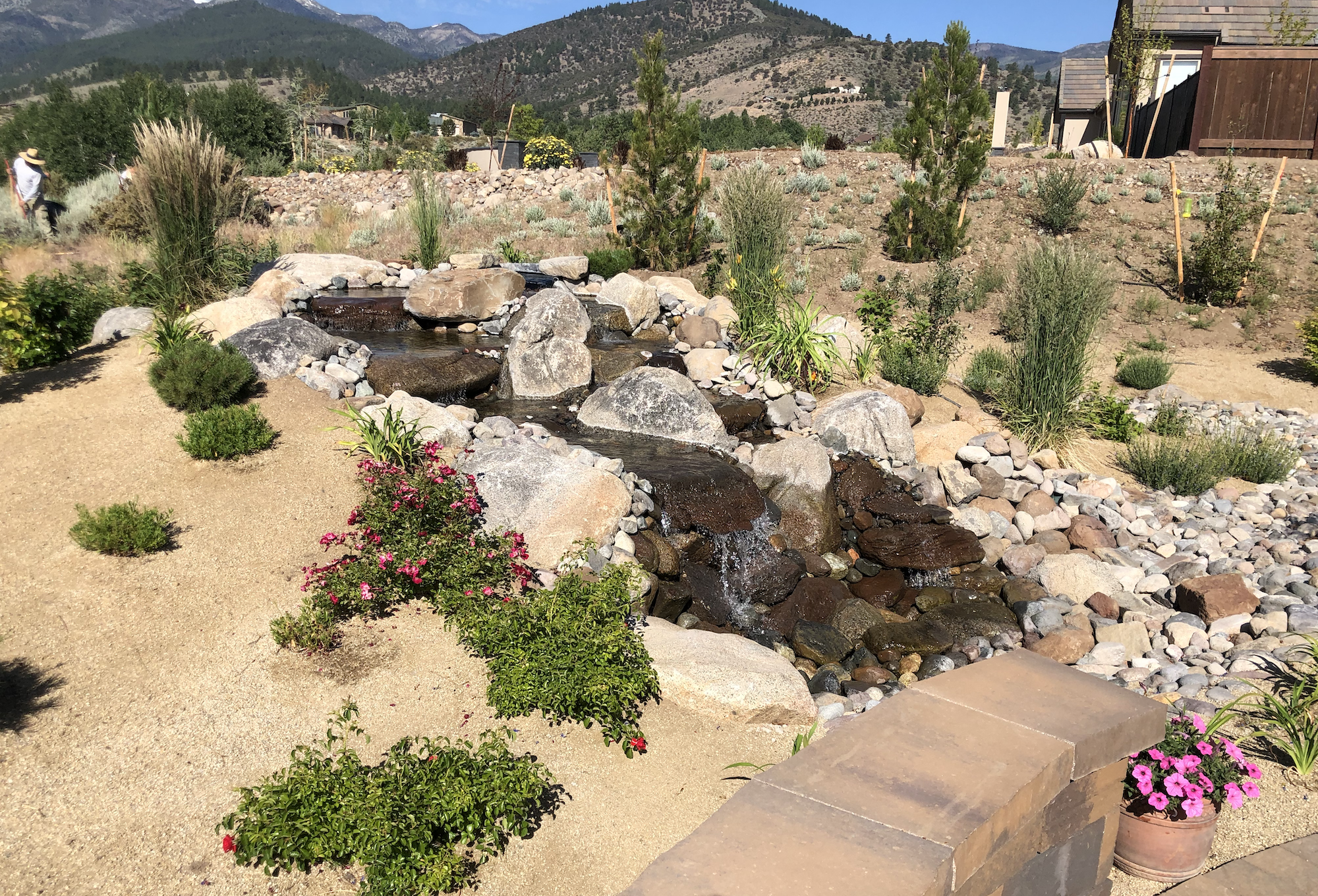 harris-landscape-construction-reno-water-feature-waterfall