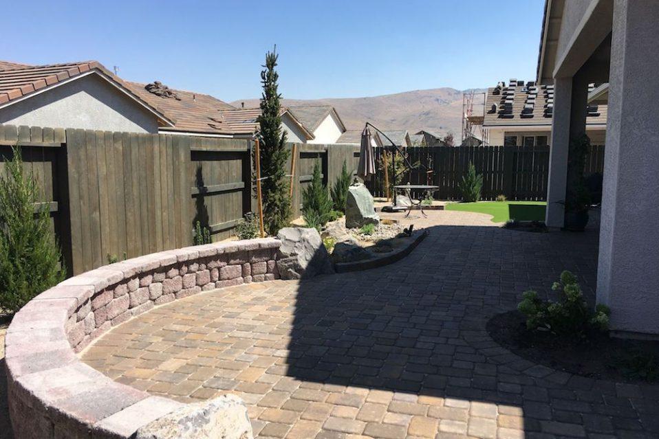 harris-landscape-construction-paver-patios