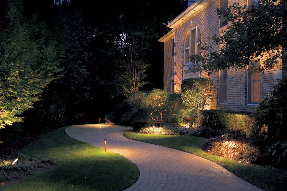 landscape-lighting-done-right