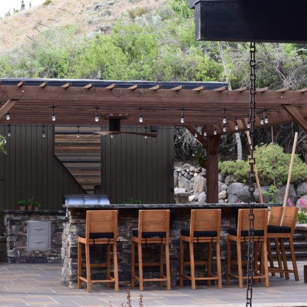 harris-landscape-construction-reno-outdoor-kitchen-pergola